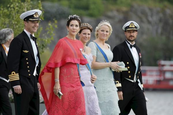000 DV1503546 1024x682 Princesa Madeleine & Christopher O'Neill {Convidadas}