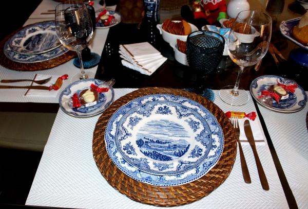 64 Mesa para lanche: azul e branco