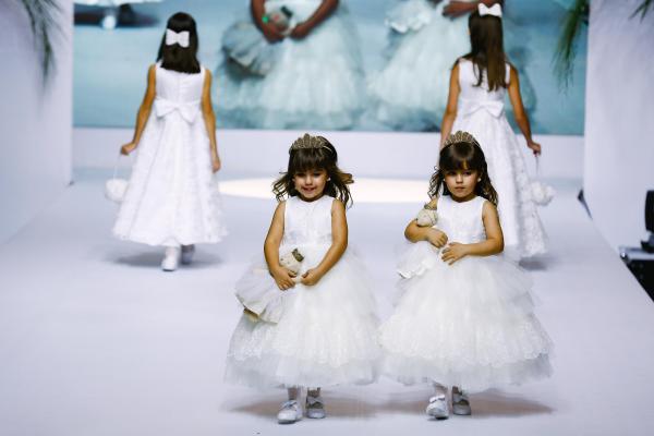 A Flower Girl {Luxo de Festa 2014}