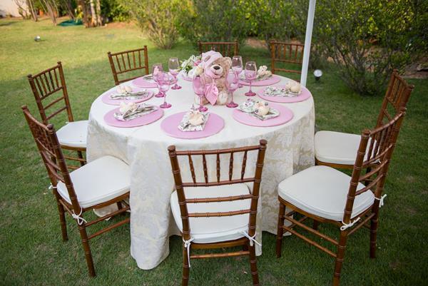 302 Decoração: rosa e branco