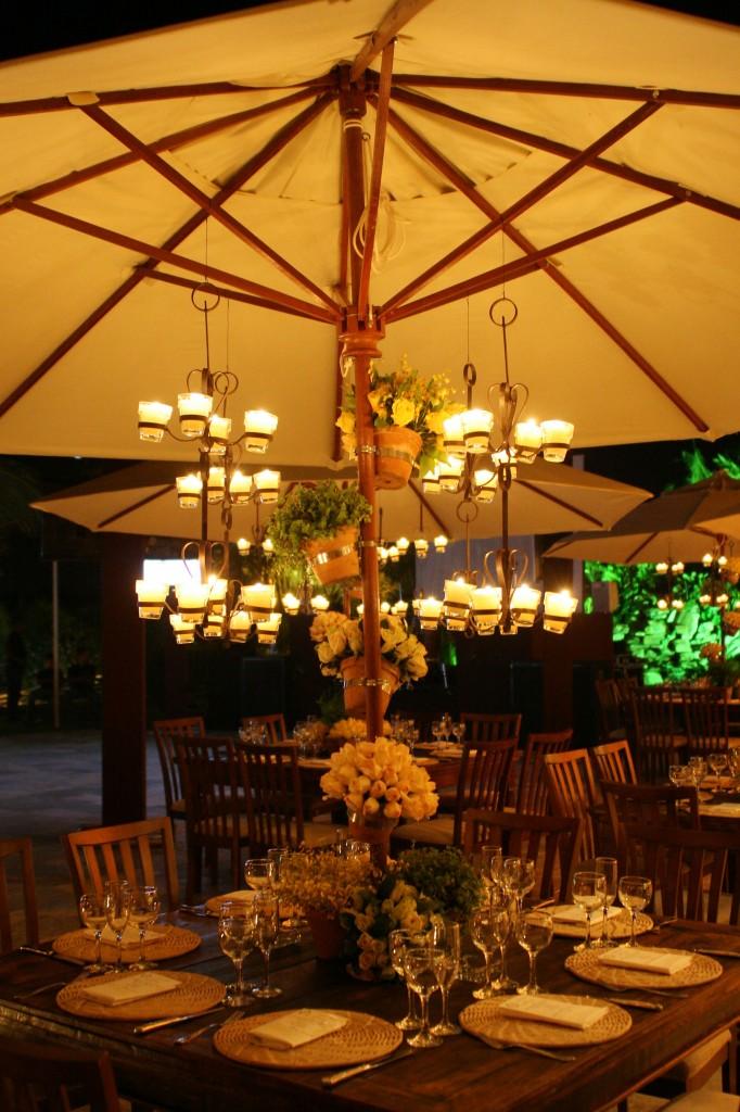 132 682x1024 Decoração: Madeira + velas