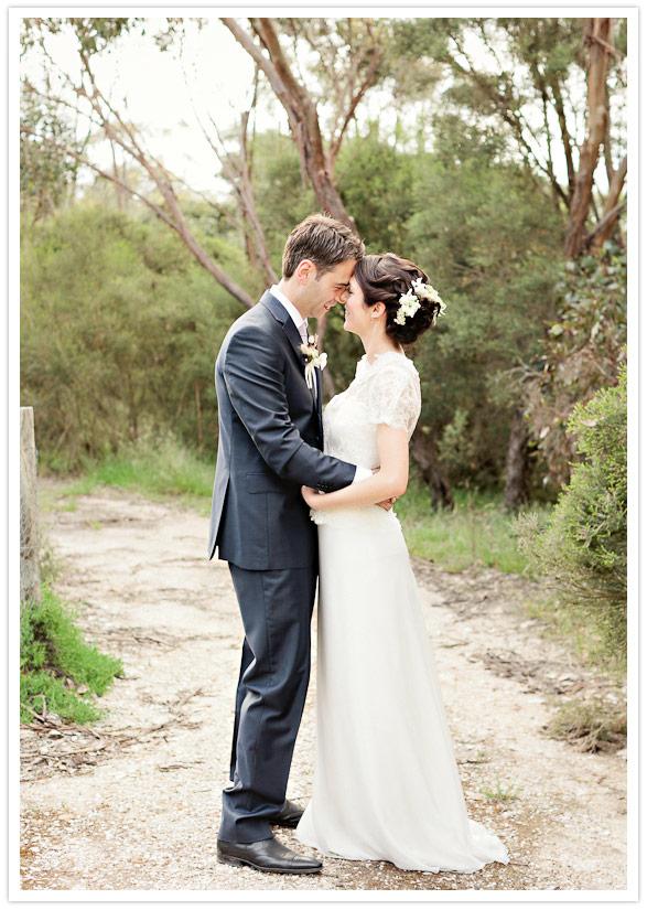 45 Vestido de noiva + blusa de renda