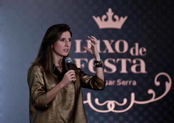 E10 César Serra e Constance Zahn para o Luxo de Festa
