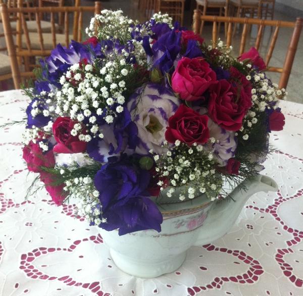 F2 Bules e xícaras na decoração