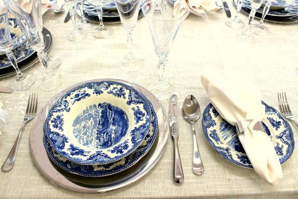 53 Montando mesas {azul e branco}