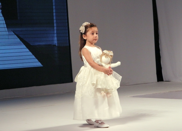 101 Flower Girl {Luxo de Festa 2013}