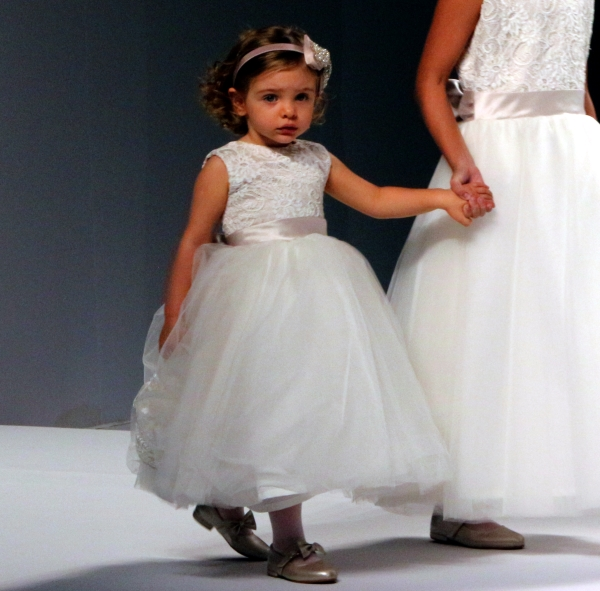 141 Flower Girl {Luxo de Festa 2013}