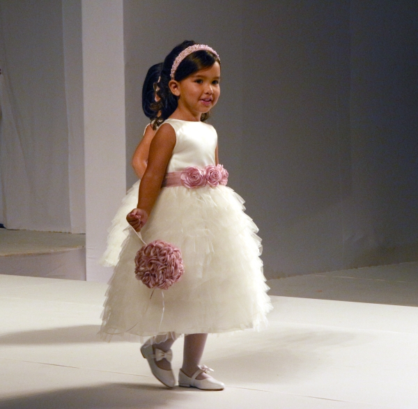 17 Flower Girl {Luxo de Festa 2013}