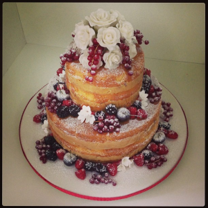 NAKED CAKE DANIELLE ANDRADE 300x300 NAKED CAKE DANIELLE ANDRADE