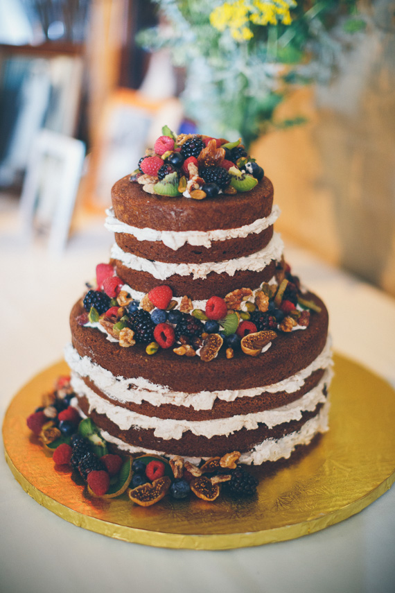 Historic downtown Nebraska wedding 39 Naked Cake + Frutas