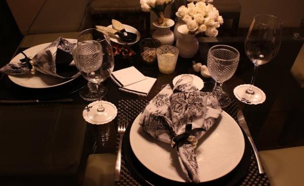 mesa 3 Preto e branco: mesa para o jantar