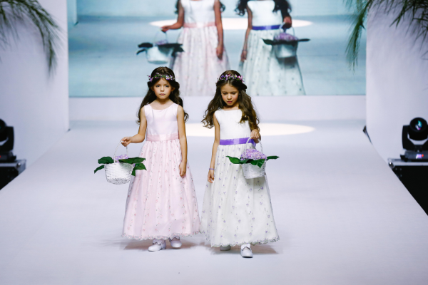 1 Flower Girl {Luxo de Festa 2014}