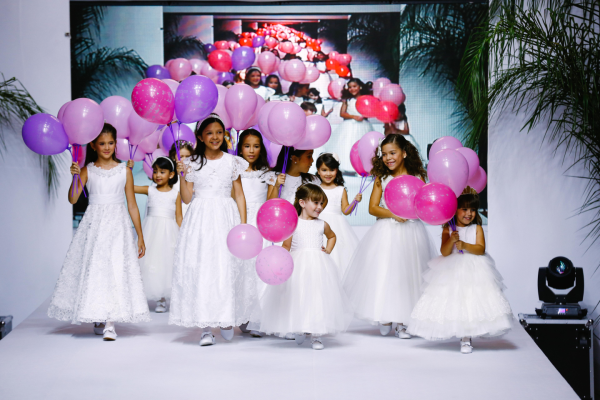 10 Flower Girl {Luxo de Festa 2014}