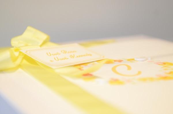 41 Decoração: amarelo e branco