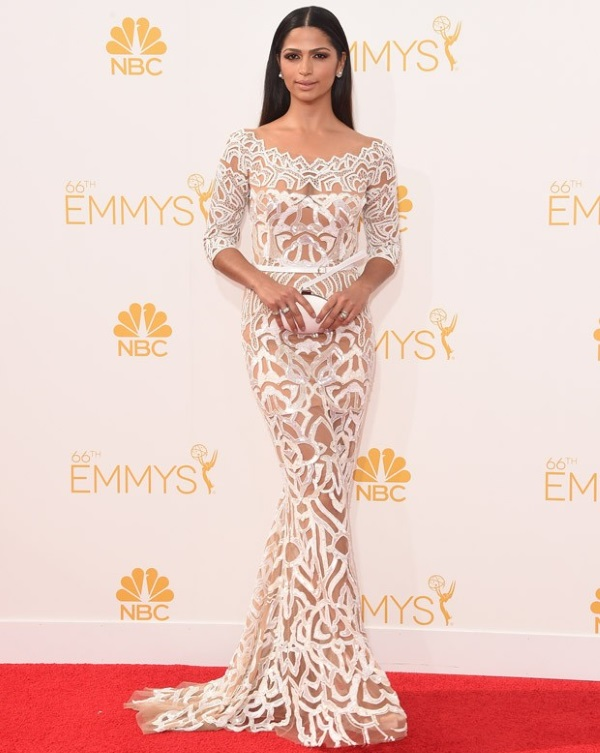 camila alves 02 620 Emmy Awards 2014