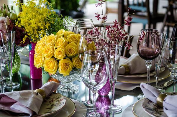 34 Decoração: amarelo e rosa