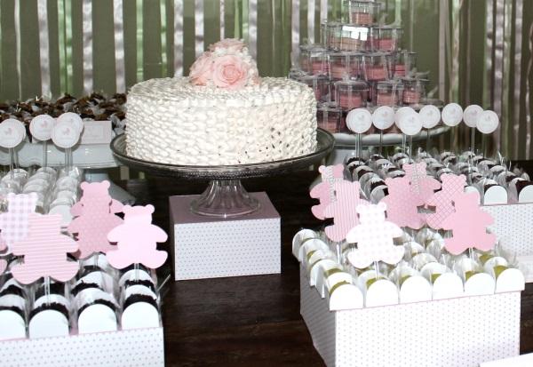 171 Decoração: rosa e branco