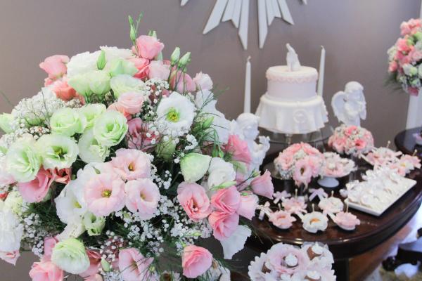 181 Decoração: rosa e branco