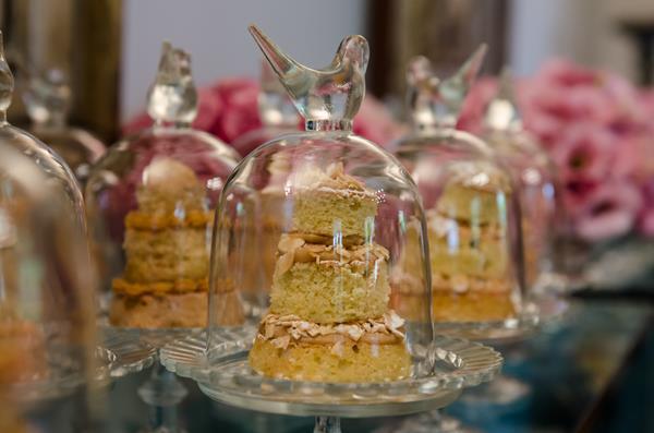 naked cake 1 12 Lembrancinhas comestíveis
