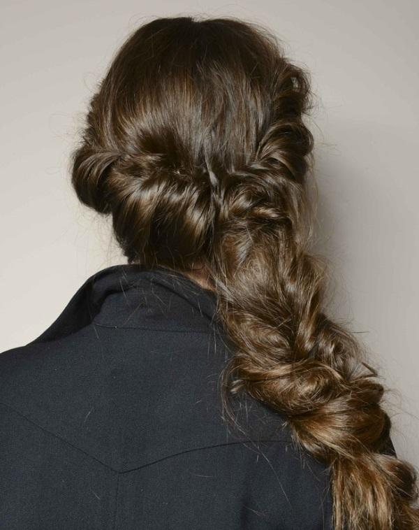PENTEADO 2 Qual penteado combina mais com você?