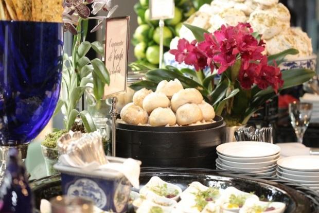buffet zest 11 Apresentação do buffet {com azul e branco}