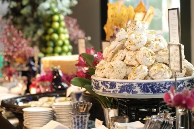 buffet zest 4 Apresentação do buffet {com azul e branco}