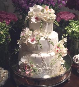 bolo e flores1 270x300 bolo e flores
