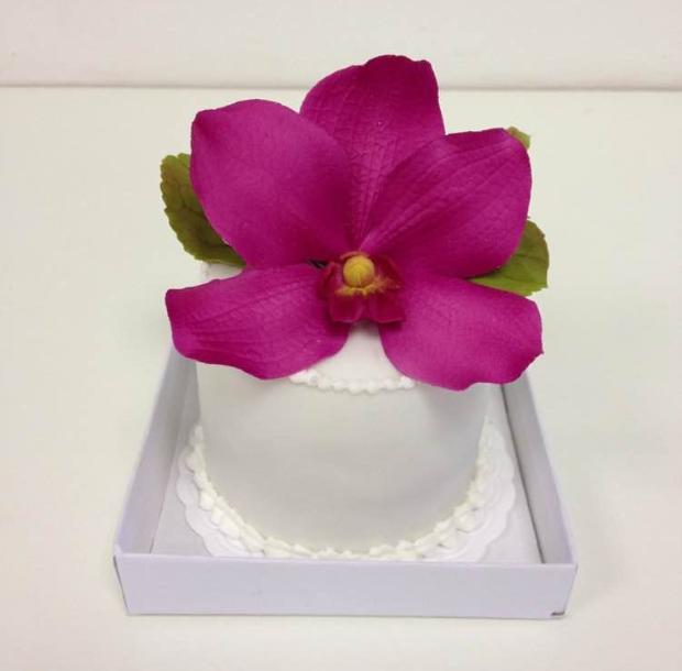 mini bolo 3 Mini bolo {com flores}