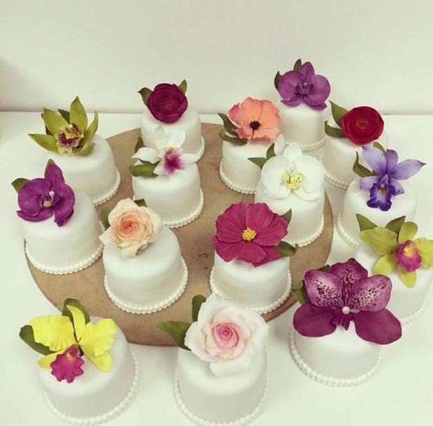 mini bolo 6 Mini bolo {com flores}