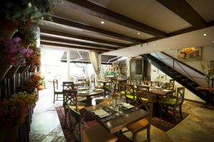 restaurante inacia 2 300x200 RESTAURANTE INACIA 2