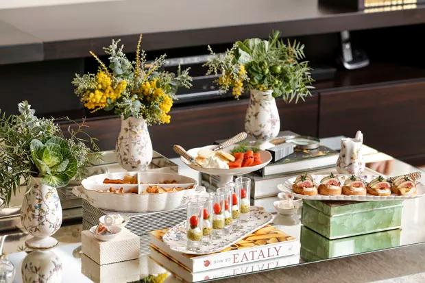 mesa de aperitivos 6 Recebendo amigos em casa