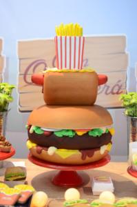 hamburgueria com a la kombitta 11 199x300 hamburgueria com a la kombitta 11