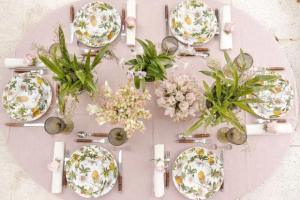 mesa de almoco 1 300x200 mesa de almoco 1