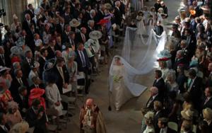 casamento real entrada meghan 2 300x188 CASAMENTO REAL ENTRADA MEGHAN 2