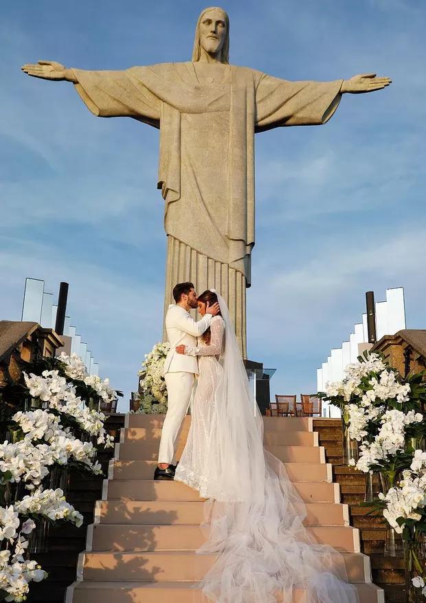 casamento alok e romana Alok e Romana